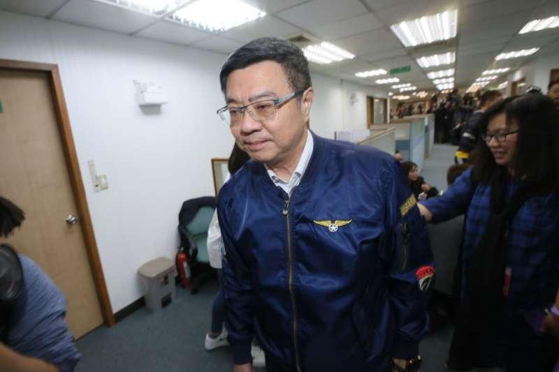民進黨主席卓榮泰面對蔡賴陣營互槓,怎麼做都會得罪一方。(柯承惠攝)