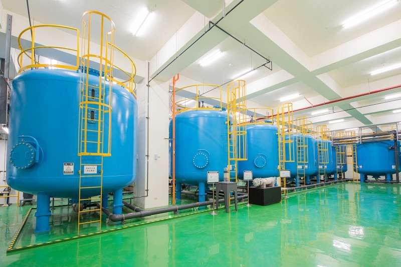 日月光投入中水廠二期擴建工程,未來每一滴水可用到3.3次。(圖/日月光提供)