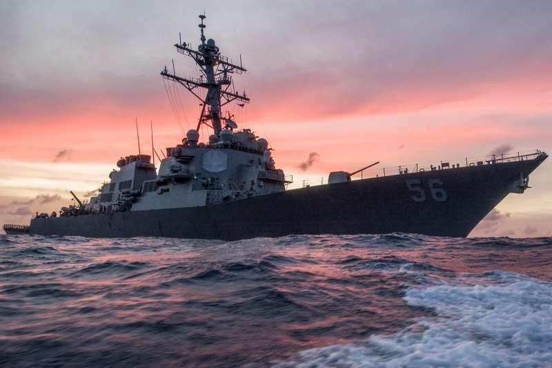 美國海軍飛彈驅艦「馬侃號」(USS John S. McCain)(Wikipedia / Public Domain)