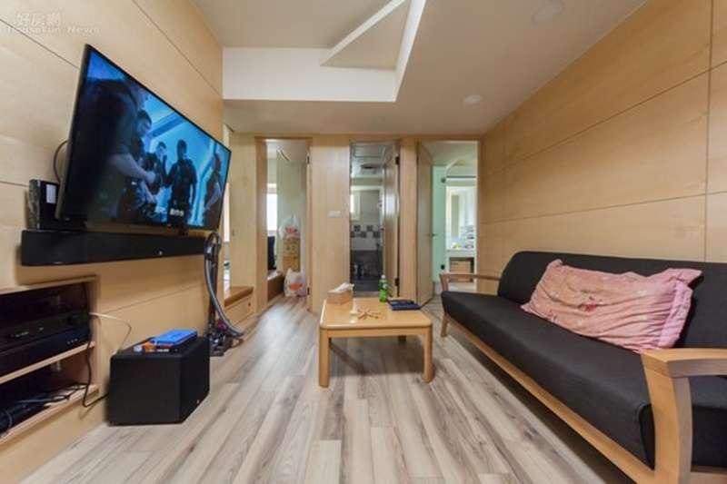 客廳是房子的門面,也是一家人休閒、娛樂、團聚的地方。 (圖/好房網提供)