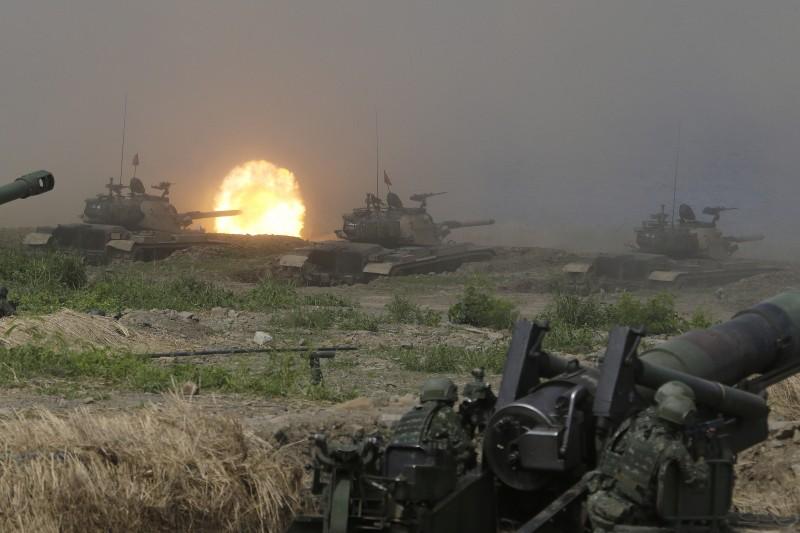 2019年5月30日,漢光35號演習(漢光演習)在屏東滿豐射擊場舉行聯合灘岸殲敵作戰操演,M109自走砲射擊(AP)