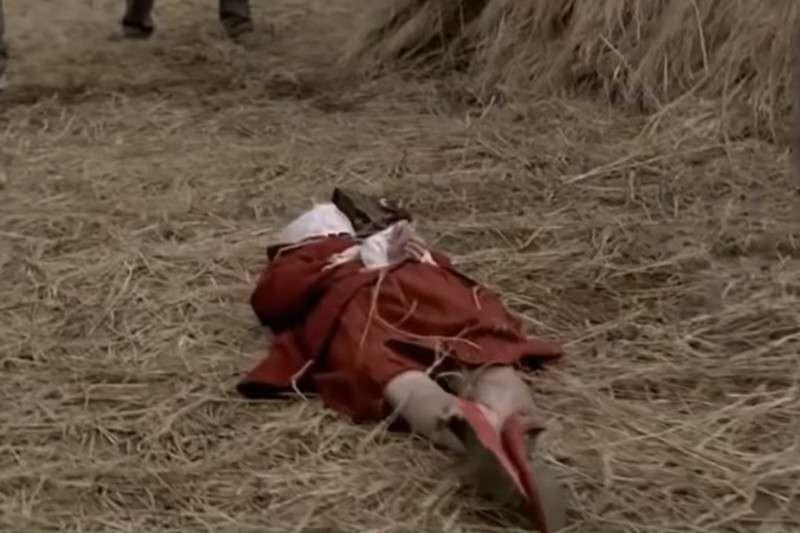 以華城連環殺人事件改編的電影《殺人回憶》中的片段。(圖/取自youtube)