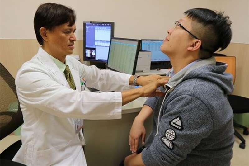 小心頸部堅硬、無痛性腫塊,可能是淋巴癌上身警訊!(圖片/亞洲大學附屬醫院|華人健康網提供)