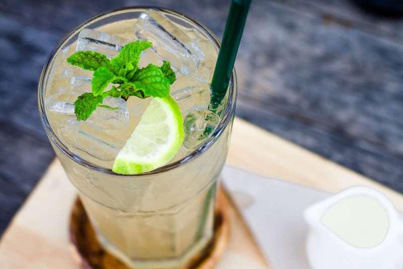 喝冰水能減肥?(圖/pixabay)