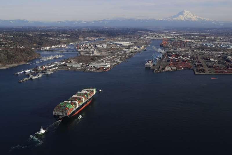 中美貿易戰,川普對中國商品開徵高額關稅,美國進出口業都受到衝擊(AP)