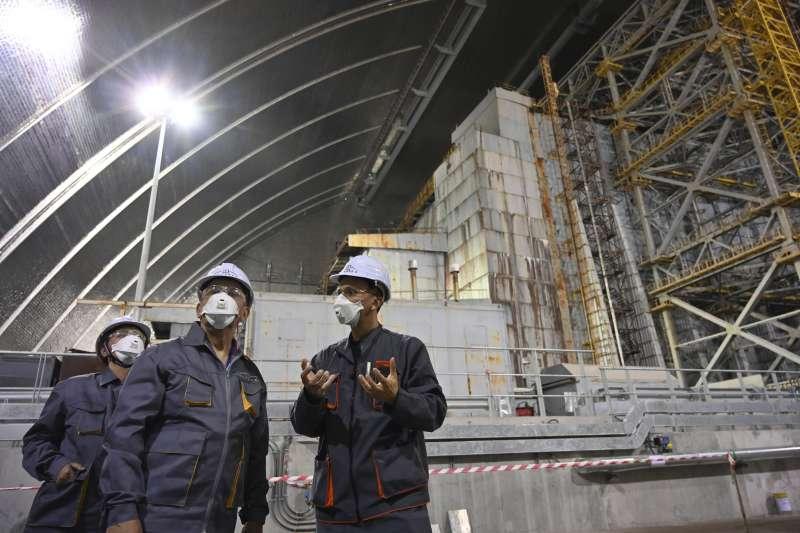 烏克蘭車諾比核災遺址的「新圍阻體」(AP)