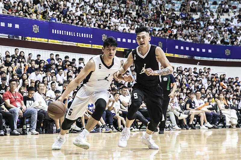 BE HEROS 經典對決籃球賽,由球迷心目中永遠的黃金世代對上新生代的中華好手,這樣的對決可以說看一次少一次。(圖由展逸國際企業提供)