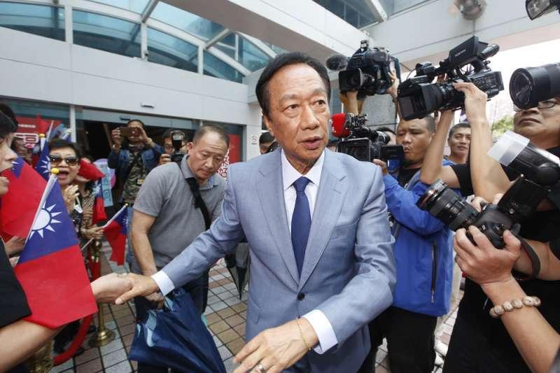 郭台銘堅持初選民調應納入手機樣本,但未取得所有參選人同意。(郭晉瑋攝)