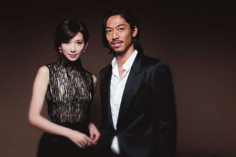 宣布喜訊的林志玲(左),再次揭示自由擇愛的積極意義。(翻攝自EXILE AKIRA臉書)