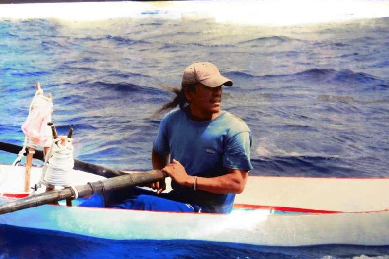 達悟族作家夏曼·藍波安憂心,蘭嶼走向觀光化,原有當地海洋文化會蕩然無存。(資料照,取自臉書Syaman Rapongan)