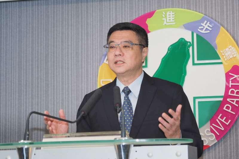 民進黨主席卓榮泰公佈初選由蔡英文勝出,並呼籲黨內團結。(林瑞慶攝)