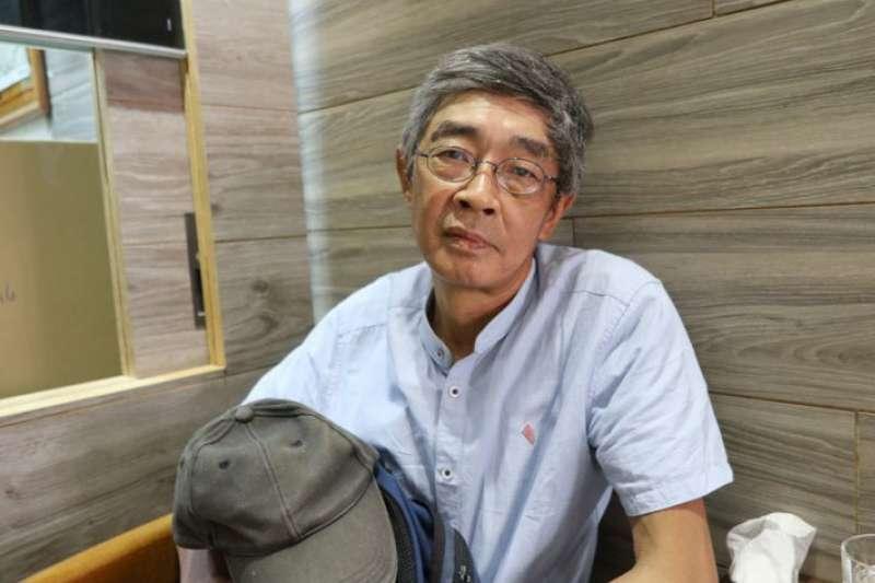 為何選擇來到台灣?林榮基說:「有中文書可看。」(李若冰攝)