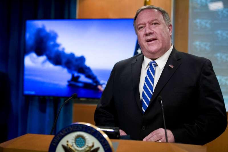 美國國務卿龐畢歐指控伊朗應為在阿曼灣發生的襲擊事件負責,並稱這起事件是對國際和平與安全的威脅。(美聯社)