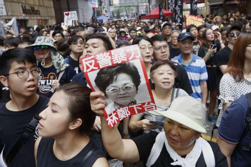 作者認為,香港特首林鄭月娥每天12個時辰思索的每一步,不但攸關著香港的穩定發展,更關係到中國是否繼續強大的關鍵,重要而且不能犯錯。(資料照,郭晉瑋攝)