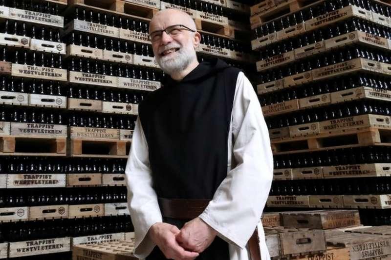 聖西思篤修道院修道院院長馬努·萬·黑克修士。(BBC中文網)