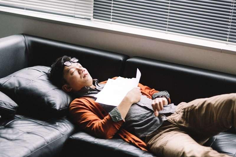 越睡越疲倦?心臟衰竭可能已經找上你。(圖/pakutaso)