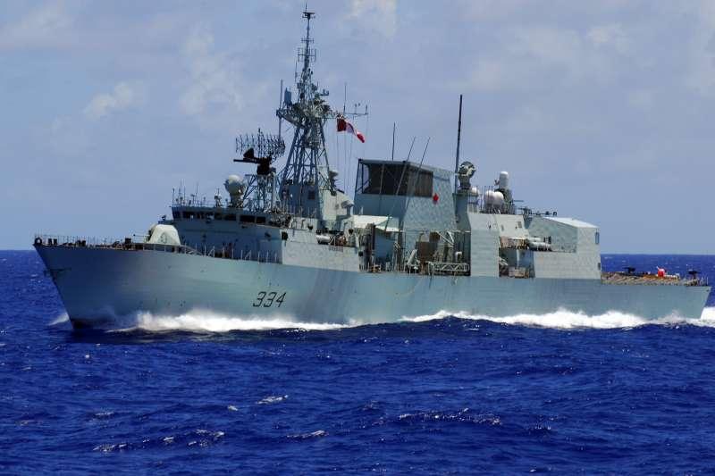 加拿大巡防艦「理賈納號」傳出近兩天,由南向北通過台灣海峽。(資料照,取自美國海軍網站)