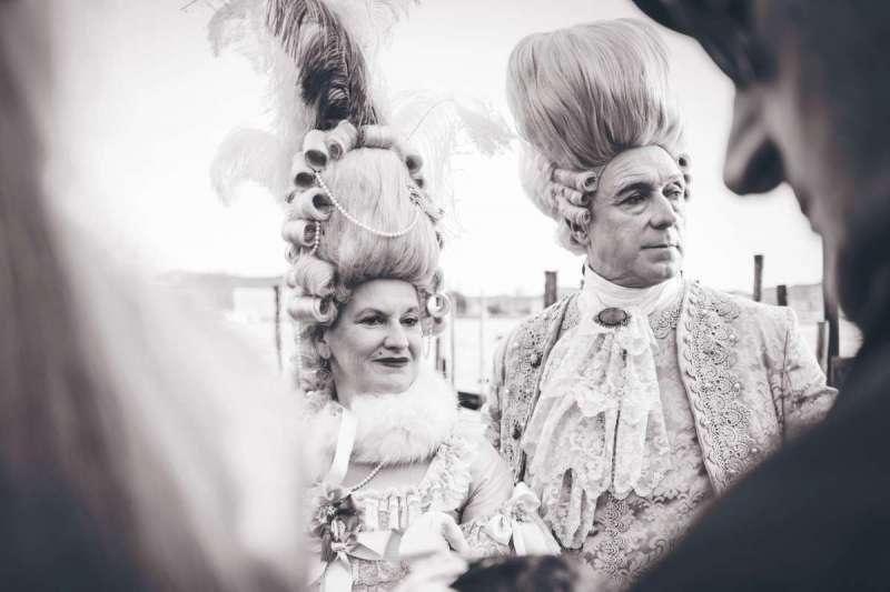 髮髻在中西方歷史中均占有舉足輕重的位置(圖/Unsplash)