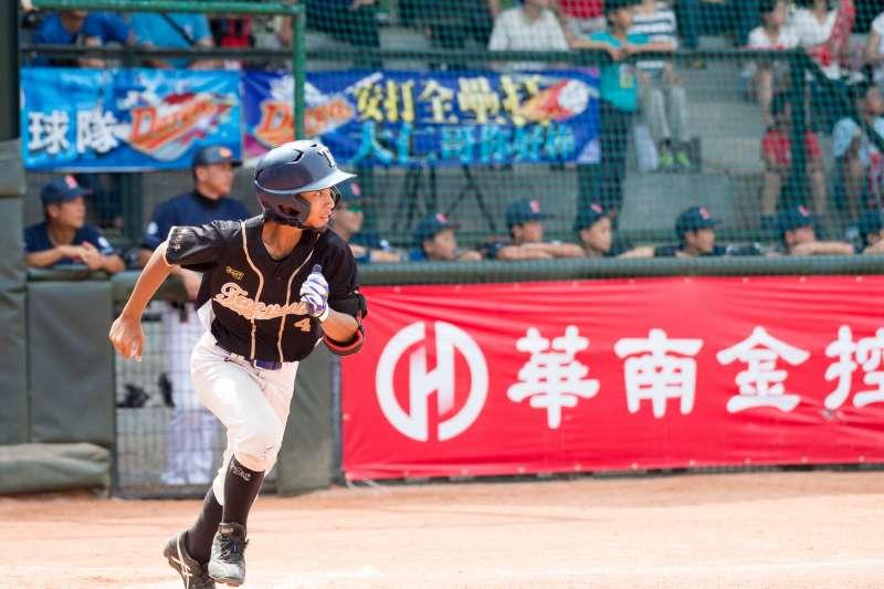 企業的投入能夠成為每位棒球青年追夢的最強後盾(圖/華南金控提供)