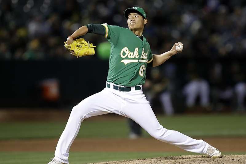 台灣旅美投手王維中,今天上場中繼3局只花了36球,但被打出一發陽春砲掉一分。(美聯社)