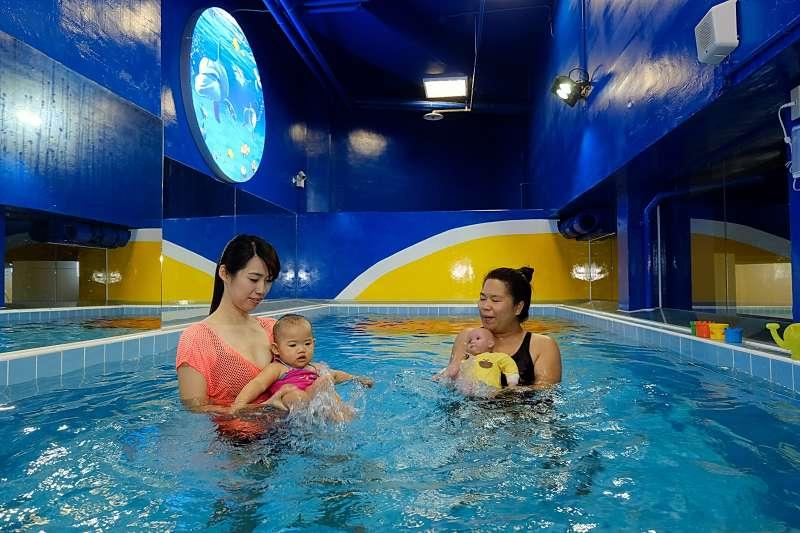 史波奇水適能課程 課程涵蓋孕婦、新生兒至12歲孩童。(圖/史波奇提供)