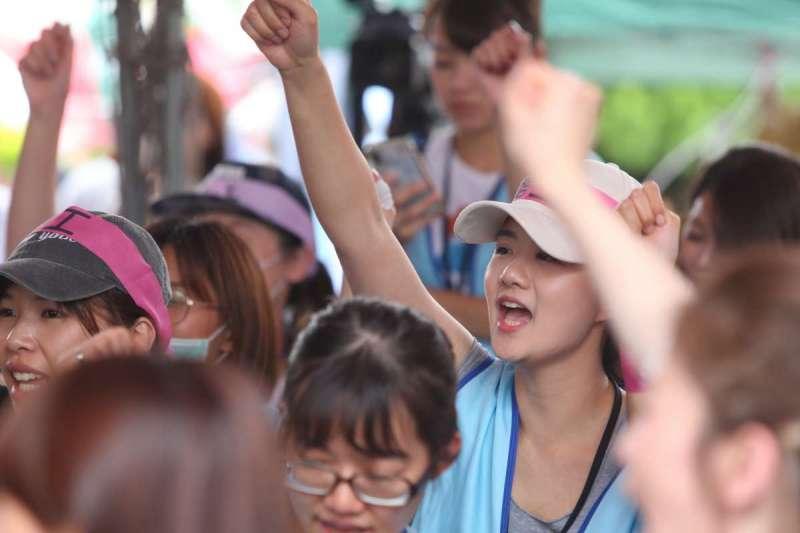 20190626-南崁長榮航運大樓前長榮空服員罷工。(顏麟宇攝)