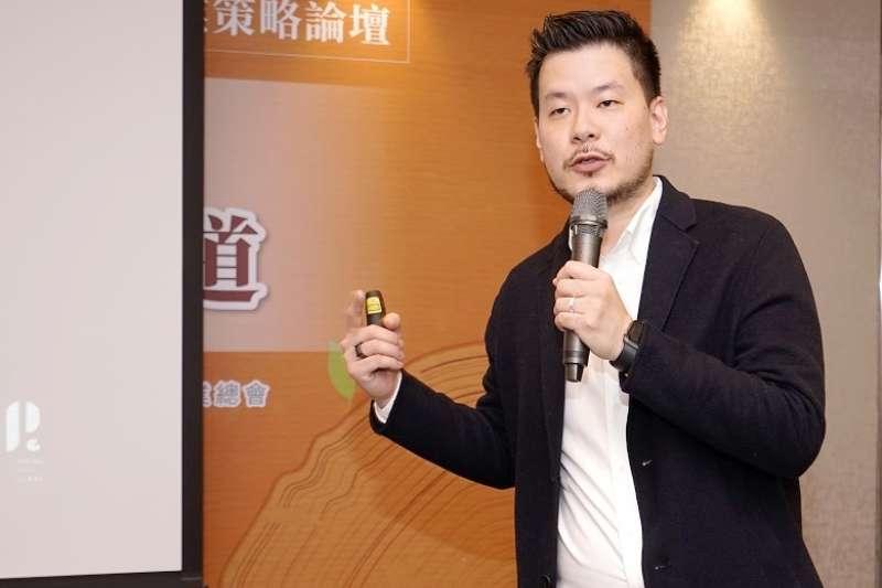 春池玻璃董事長特助吳庭安分享循環經濟的意義。(攝影/林暐竣)