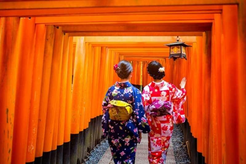日本人對觀光客的親切態度,令人印象深刻(圖/live japan)