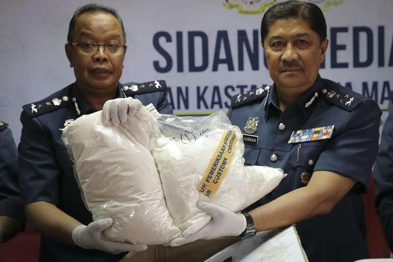 依據馬來西亞《1952年危險毒品法令》規定,持有少量毒品者儘管罪不至死,但仍得面臨2到5年徒刑或鞭刑。(AP)