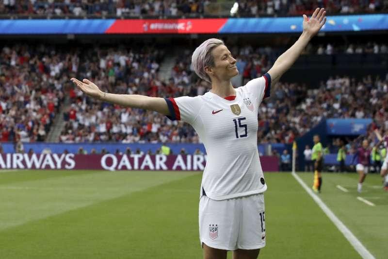 女子足球世界盃美國隊長拉皮諾(Megan Rapinoe)獲得2019金球獎肯定。(資料照,AP)