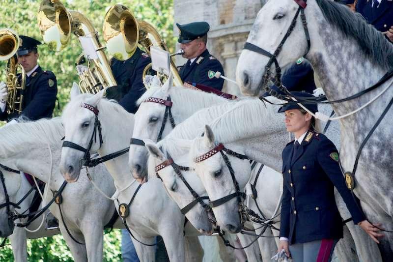 義大利警察軍樂隊表演(曾廣儀攝)