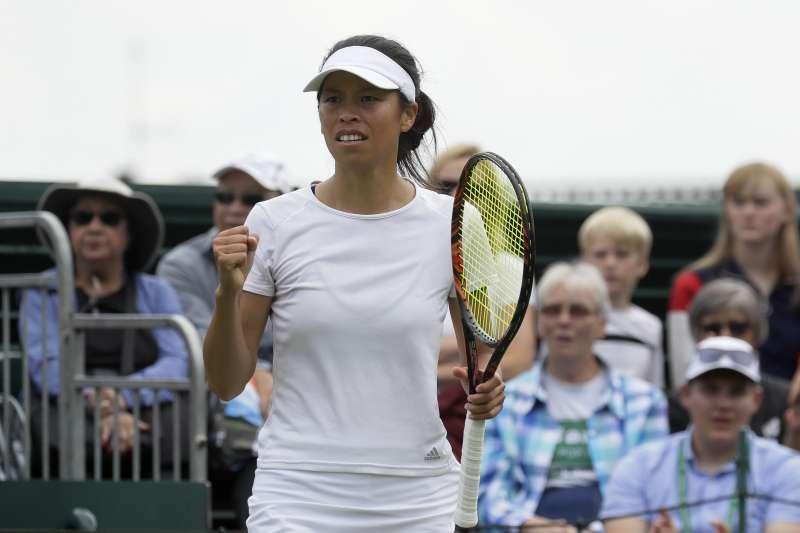 謝淑薇在溫網女單第二輪橫掃比利時好手,成功闖進32強。 (美聯社)