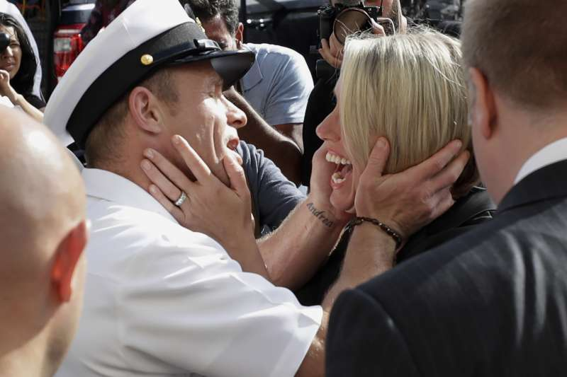 美國海豹部隊上士賈拉格(Eddie Gallagher)與太太安德莉亞(AP)