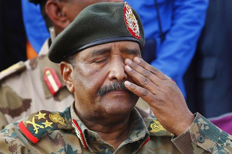 蘇丹「過渡軍事委員會」主席布爾漢。(AP)