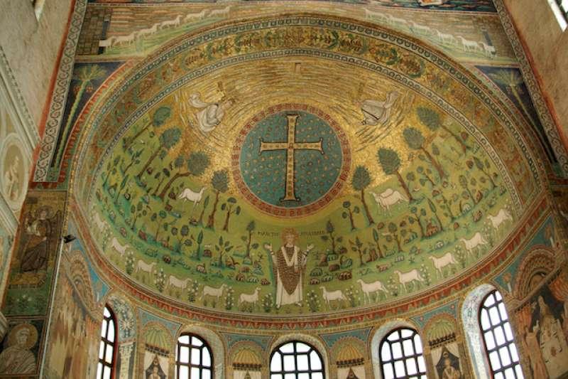 拉文納聖阿波利那雷聖殿半圓頂馬賽克的鑲貼作品 (曾廣儀攝)