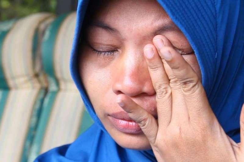 印尼婦女馬卡努遭上司電話性騷擾,她錄音自保竟遭到最高法院判刑6個月(截自YouTube)