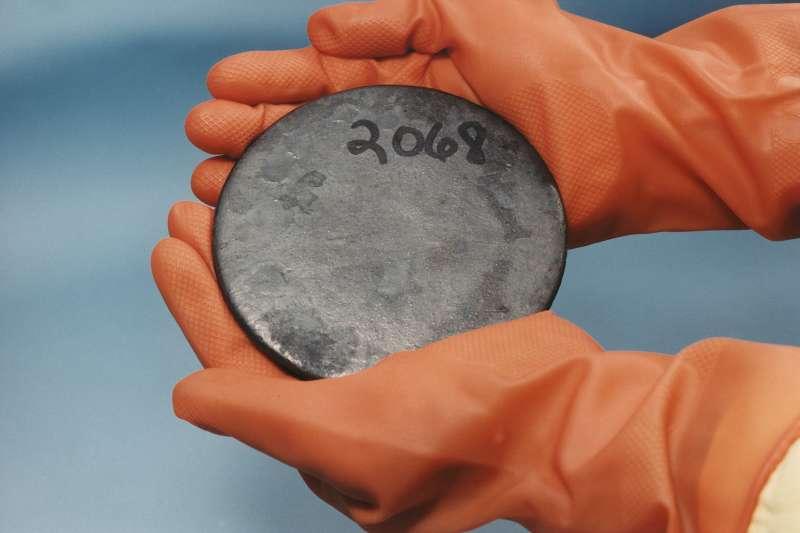 高濃縮鈾(Wikipedia / Public Domain)