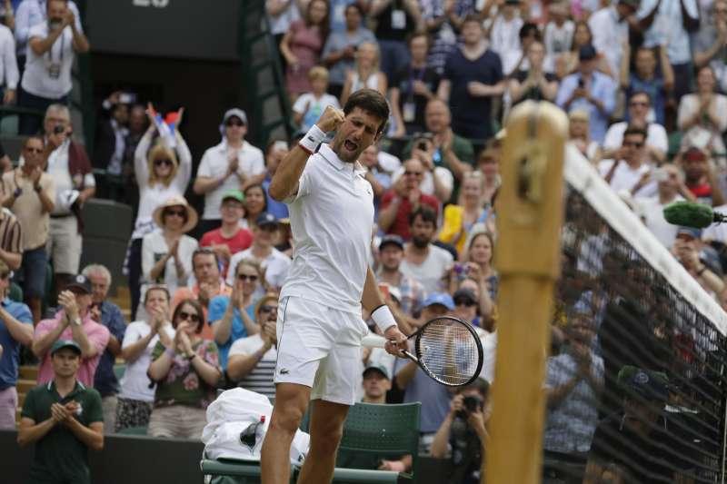 喬科維奇在溫網男單16強賽以直落三輕鬆晉級。 (美聯社)