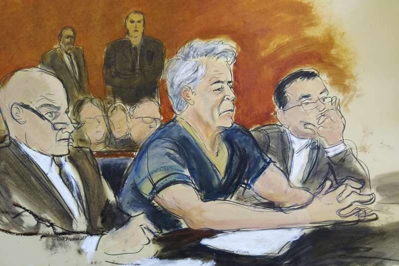 2019年7月8日,被控性剝削未成年少女的美國億萬富翁艾普斯坦出席聽證會。(AP)