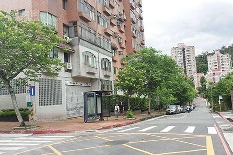 政大二期重劃區,受到山坡開發不易影響,全區採低密度開發的「住二」純住宅 。(圖/好房網提供)