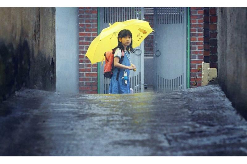 八歲女童在上學途中慘遭性侵,如今加害者即將出獄(圖/IMDb)