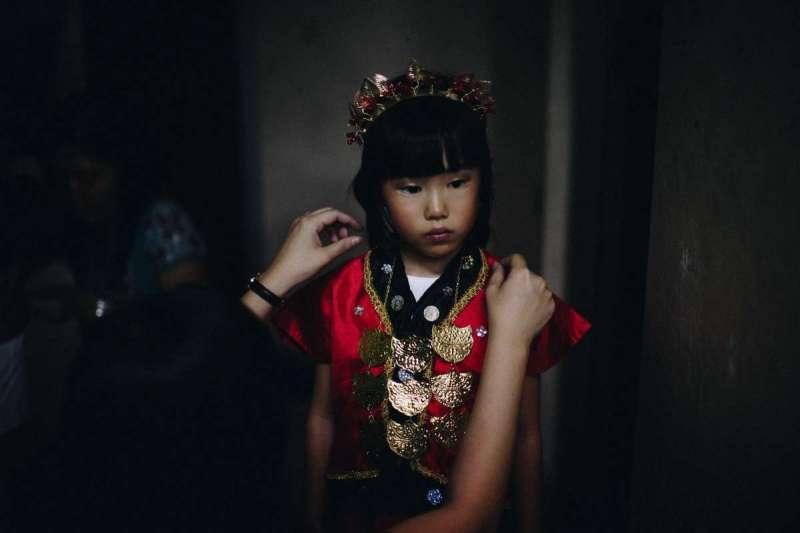 中國年輕人離鄉打拼,留在老家的年幼孩童往往缺乏妥善照顧(示意圖/Unsplash)