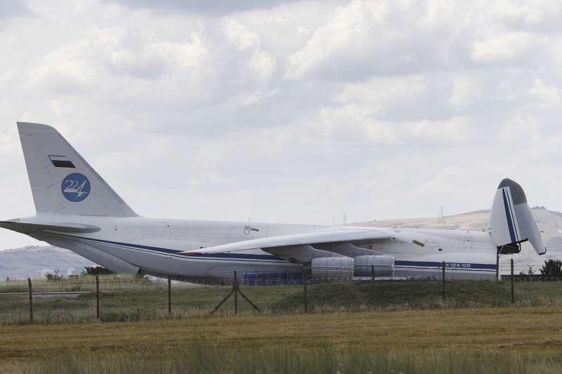 2019年7月12日,俄羅斯S-400防空飛彈系統運抵土耳其(AP)