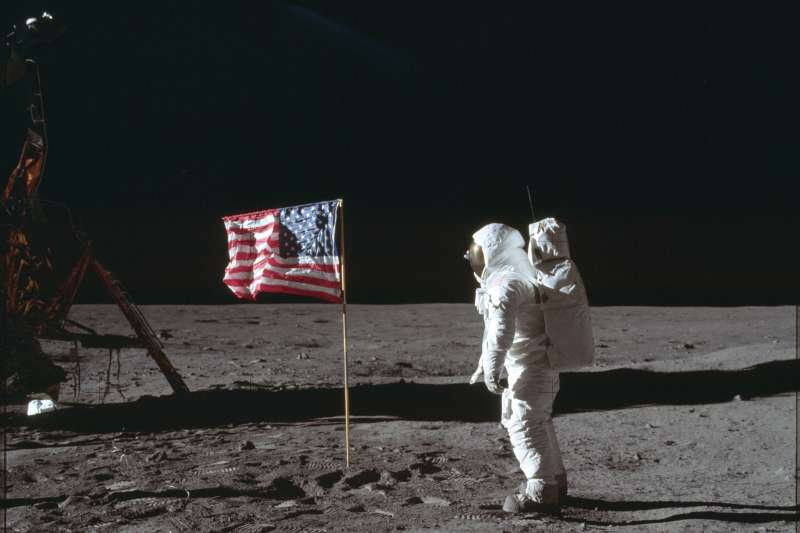 1969年7月20日,阿波羅11號登月任務太空人艾德林(Buzz Aldrin)在月球(AP)