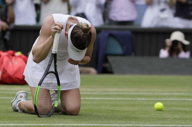 哈勒普擊敗小威廉絲奪下溫網首冠後,激動的情緒完全表現在肢體語言上。 (美聯社)