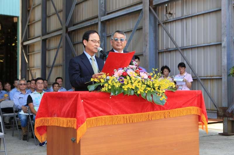 航港局北部航務中心主任張德義(左)頌詞。(圖/徐炳文攝)