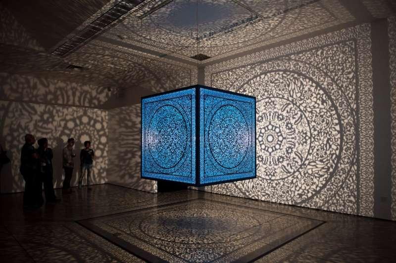 奇美博物館全新特展《影子魔幻展》,以貼近生活的「影子」為主題,邀請來自11個國家、共15組頂尖藝術家,打造40件驚奇有趣的作品。(圖/奇美博物館提供)