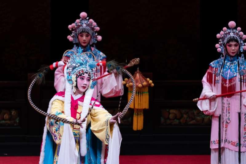 國光劇團7月「再見禁戲」最後一場演出的三齣戲之一《昭君出塞》,國光青衣黃詩雅飾演王昭君。(國光劇團提供)