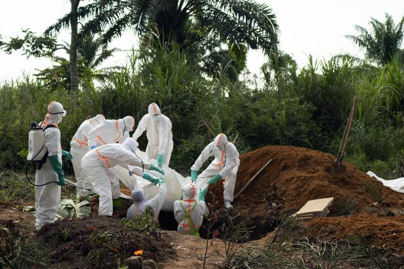 世界衛生組織17日發表聲明,宣布剛果伊波拉疫情已構成「國際公共衛生緊急事件」(AP)
