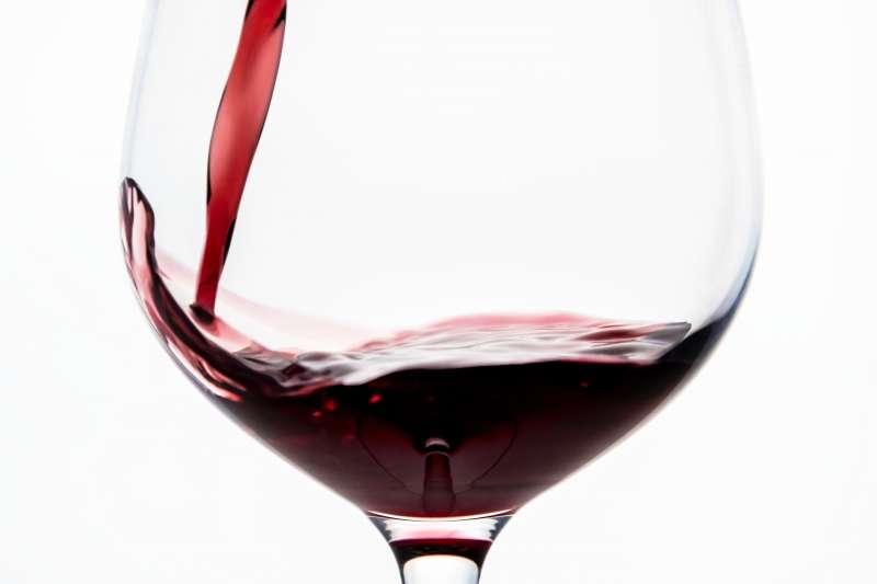 紅酒中有含量豐富的白藜蘆醇。(rawpixel.com@Pexels)